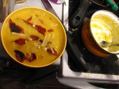 soupe jaune à la moi.jpg